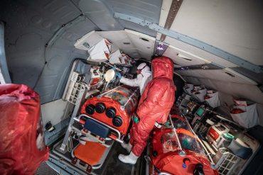 Як виглядає спецгелікоптер для евакуації заражених коронавірусом