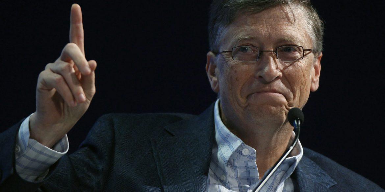 Білл Гейтс обрав Porsche своїм першим електрокаром. Ілон Маск засмутився