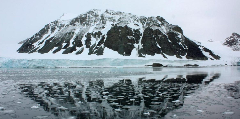 Українські полярники виявили озеро під льодовиком у Антарктиді