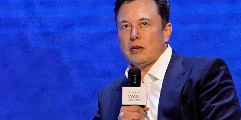 Ілон Маск пообіцяв почати виробництво апаратів штучної вентиляції легенів у разі потреби