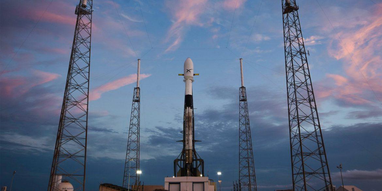 Сегодня состоится перенесенный запуск ракеты Falcon 9 с интернет-спутниками Starlink