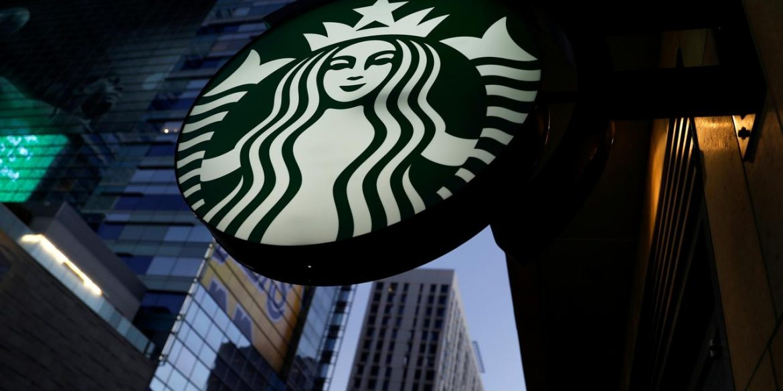 Starbucks у додатку тестує оплату криптовалютою