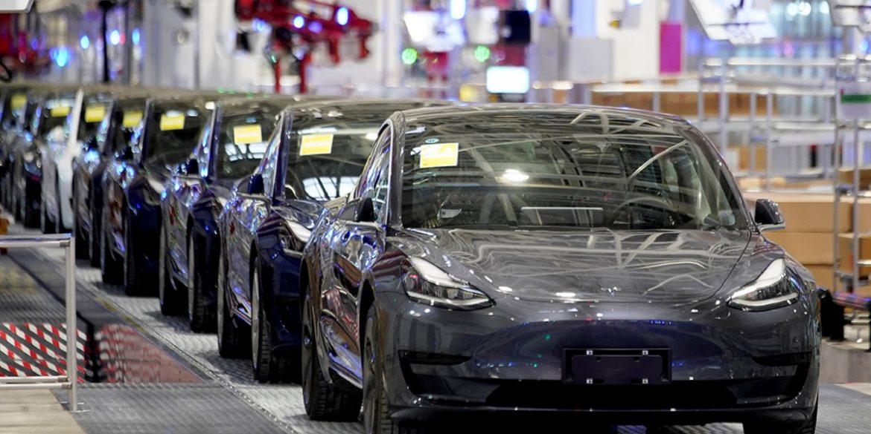 Ілон Маск відновив роботу заводу Tesla в Каліфорнії, незважаючи на заборону влади