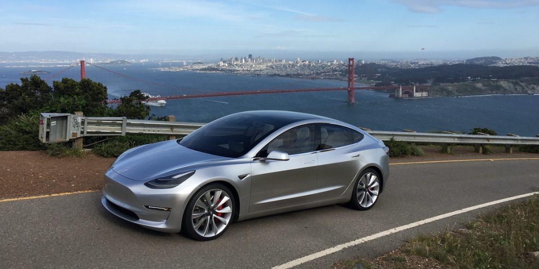 Tesla Model 3 можна використовувати в якості електростанції