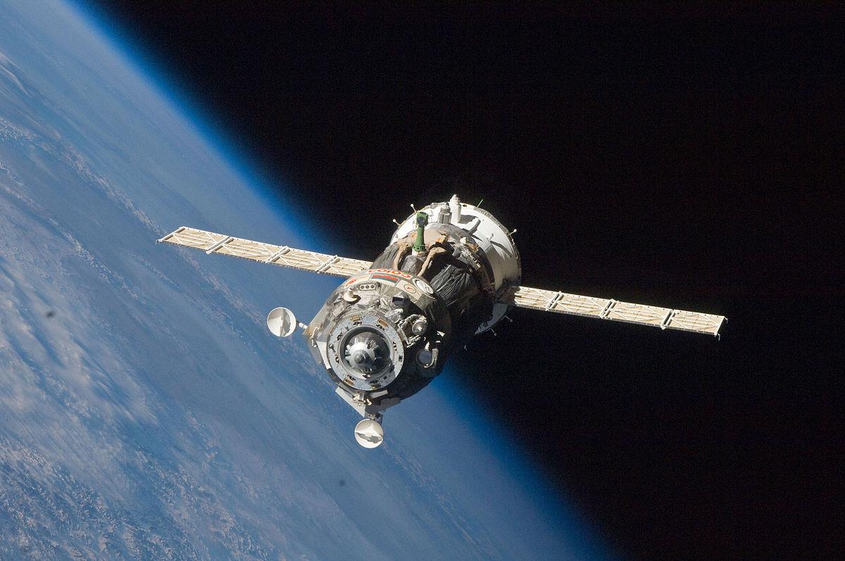 SpaceX проти «Роскосмоса». Чим Crew Dragon відрізняється від «Союза»