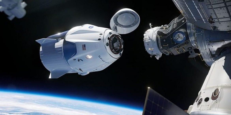 NASA повідомило, коли Crew Dragon з астронавтами повернеться на Землю з МКС