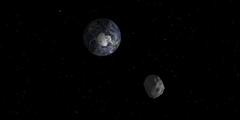К Земле приближается потенциально опасный астероид