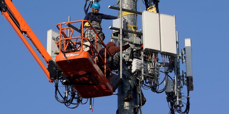 Українські оператори готуються до запуску 4G в діапазоні 900 МГц. Мінцифри попереджає про збої зв'язку