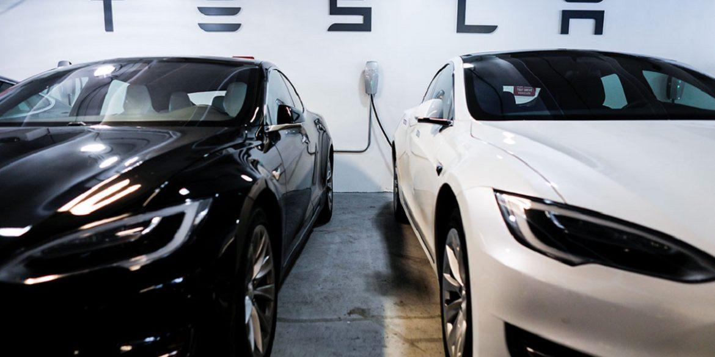 Tesla обігнала Toyota і стала найдорожчим автовиробником