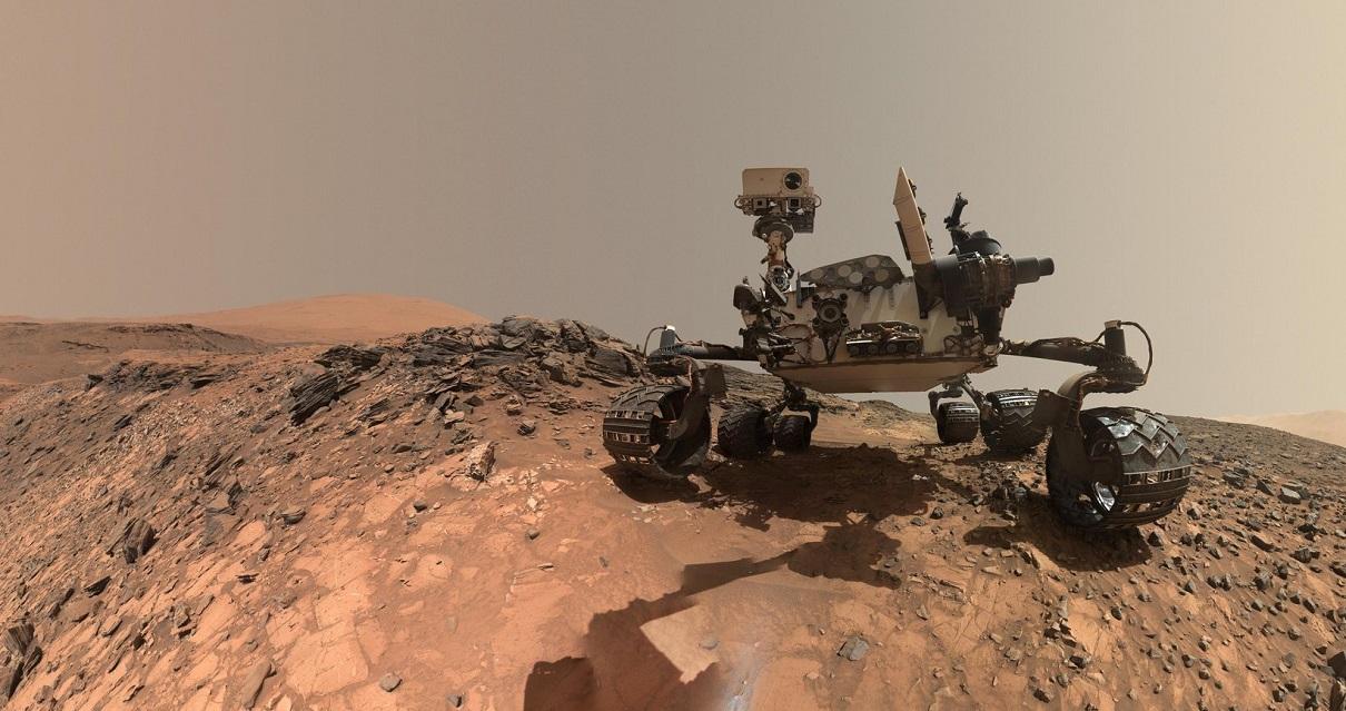 Марсохід Curiosity відправився в літню подорож на пошуки слідів життя на Марсі