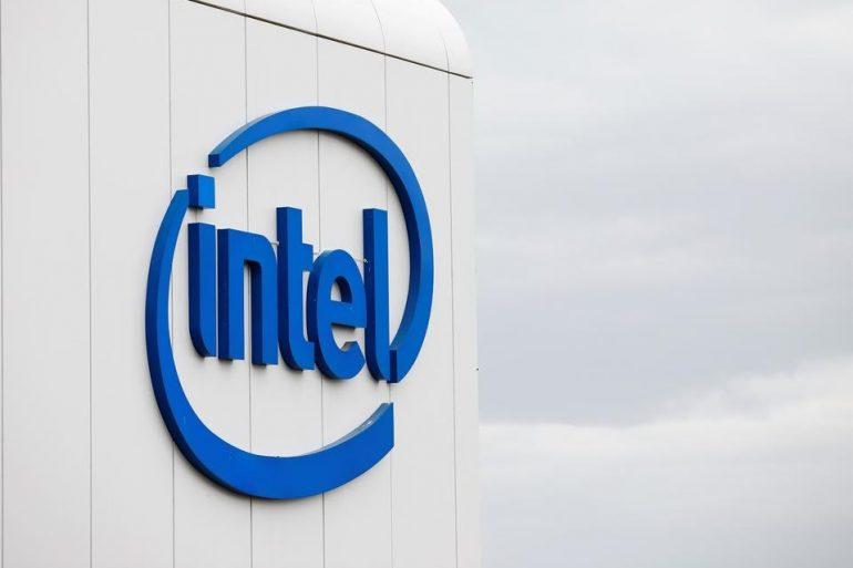 Акції Intel подешевшали через відставання від графіка розробки нових процесорів