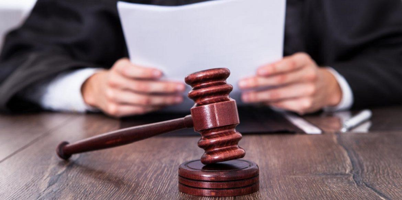 Криптовалютні компанії подали в суд на Facebook, Twitter і Google через заборону реклами