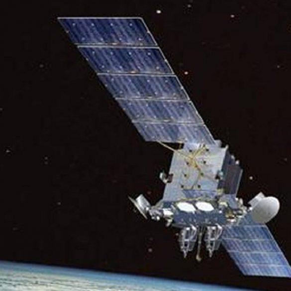 США звинувачують Росію в стрільбі з супутника в космосі