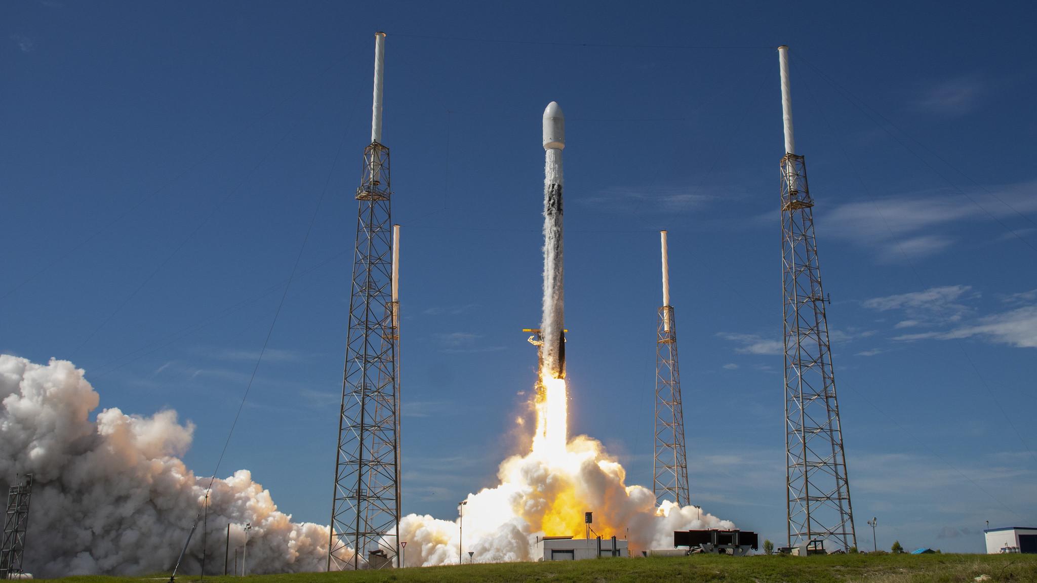 Новий рекорд SpaceX. Запуск ракети, яка була в космосі вже п'ять разів