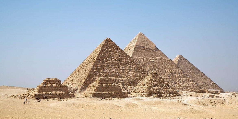 Ілона Маска запросили дослідити єгипетські піраміди
