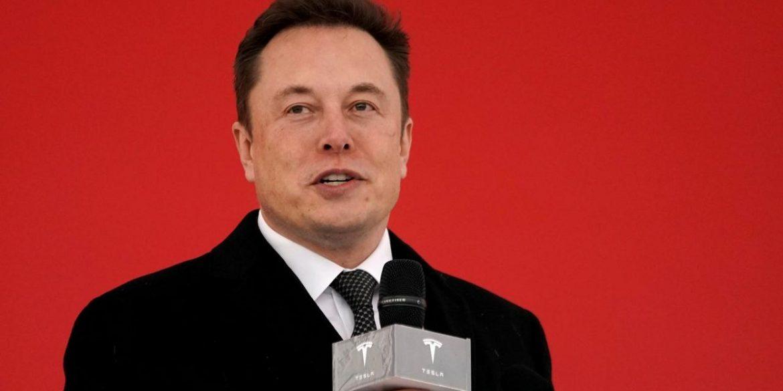 Ілон Маск заявив, що Tesla створить найпотужніший суперкомп'ютер у світі для автопілота електрокарів