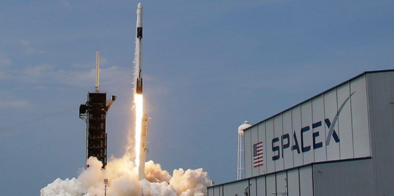 Ілон Маск заявив, що багаторазові ракети SpaceX окупаються вже після двох польотів