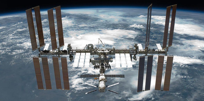МКС здійснила маневр для ухилення від космічного сміття