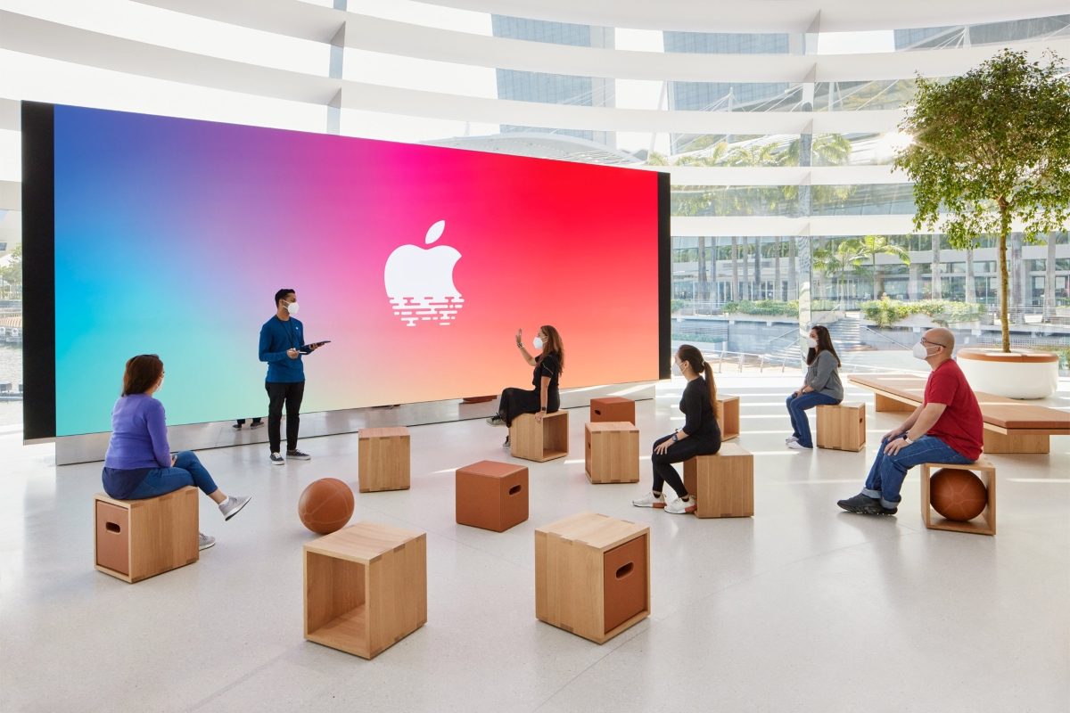 Як виглядає плавучий Apple Store в Сінгапурі