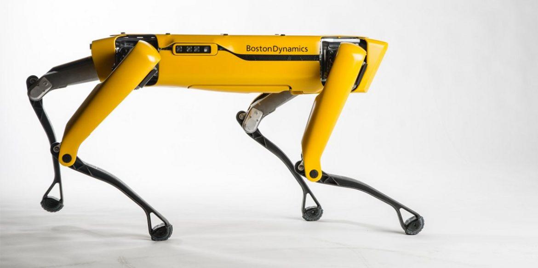 Робопса Boston Dynamics Spot зустріли на вулицях Північного Онтаріо