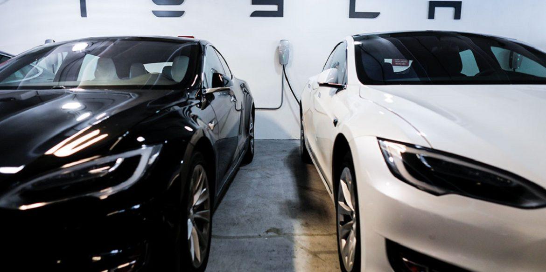 Tesla показала процес виробництва електрокарів на шанхайській фабриці