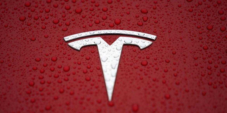 Tesla отримала патент на інноваційний акумулятор для електромобіля