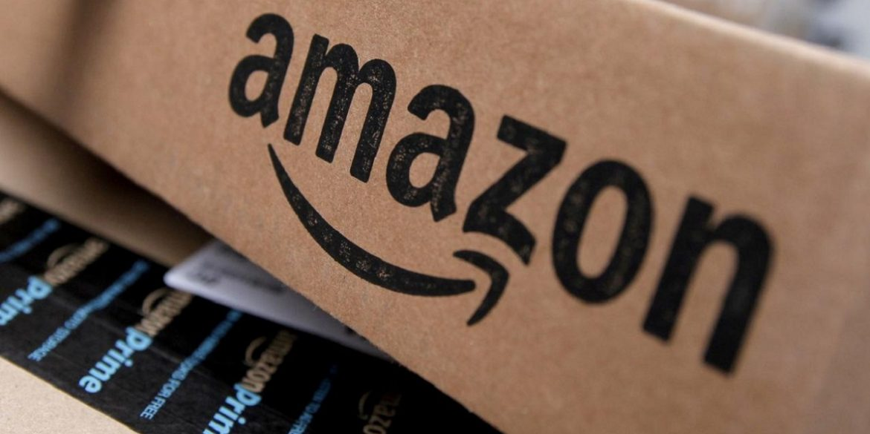 Amazon отримав ліцензію авіаперевізника і тепер зможе доставляти посилки дронами
