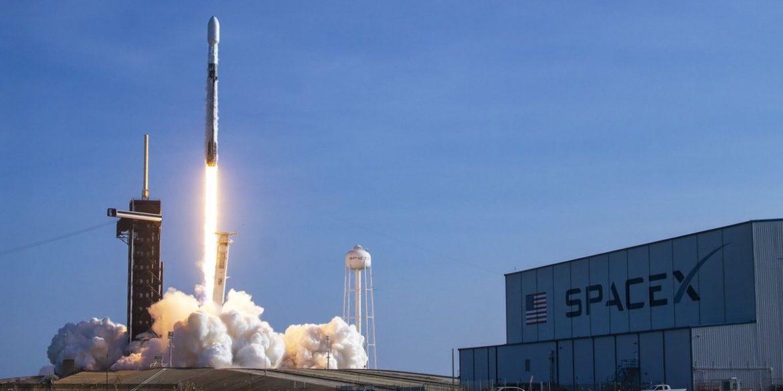 SpaceX запустила 12 партію інтернет-супутників Starlink
