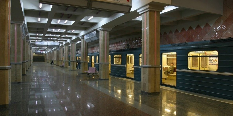У харківському метро запустили оплату банківськими картками