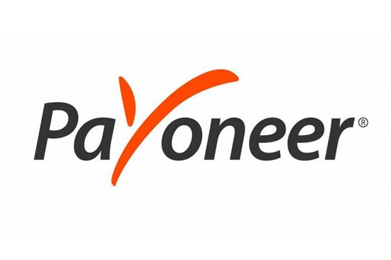 Приватбанк і Монобанк стали партнерами Payoneer в Україні