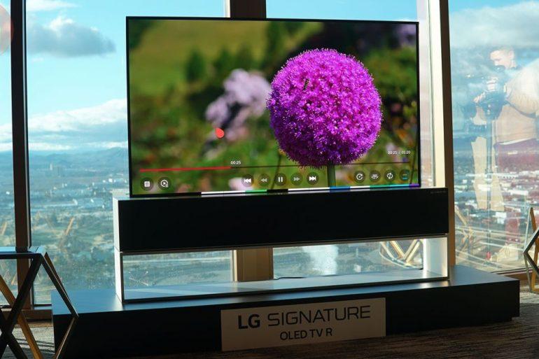 LG випустила перший телевізор, що згортається