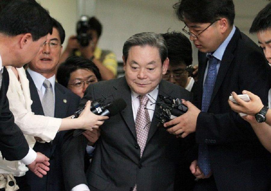 Помер голова Samsung, який перетворив компанію в міжнародного гіганта електроніки