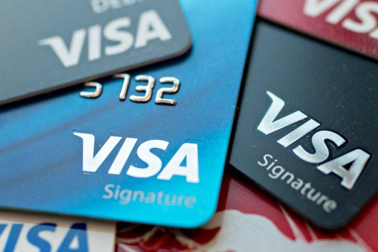 Кількість безконтактних платежів Visa під час пандемії зросла на 500 млн