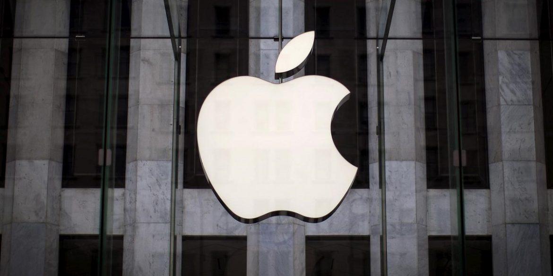 Вартість Apple впала на $100 млрд через падіння продажів iPhone