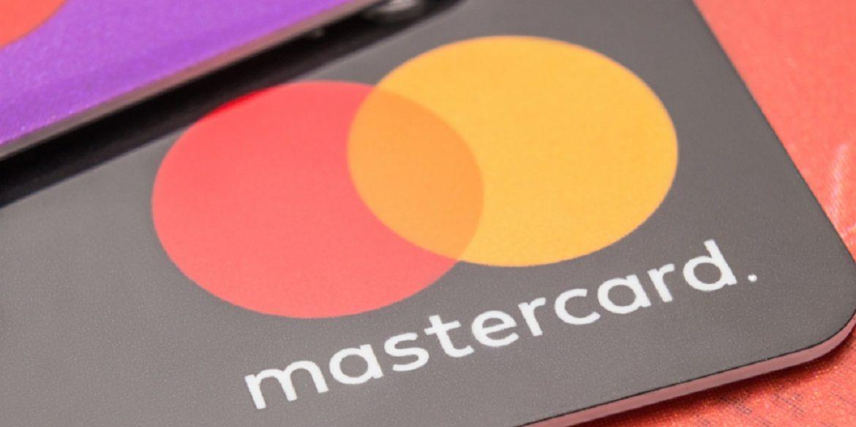Mastercard випустить першу біометричну платіжну карту