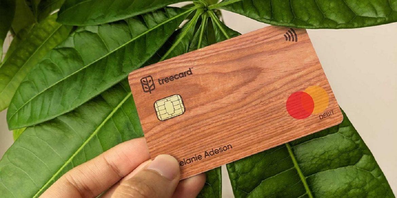 Британський стартап розробив першу в світі дерев'яну платіжну картку