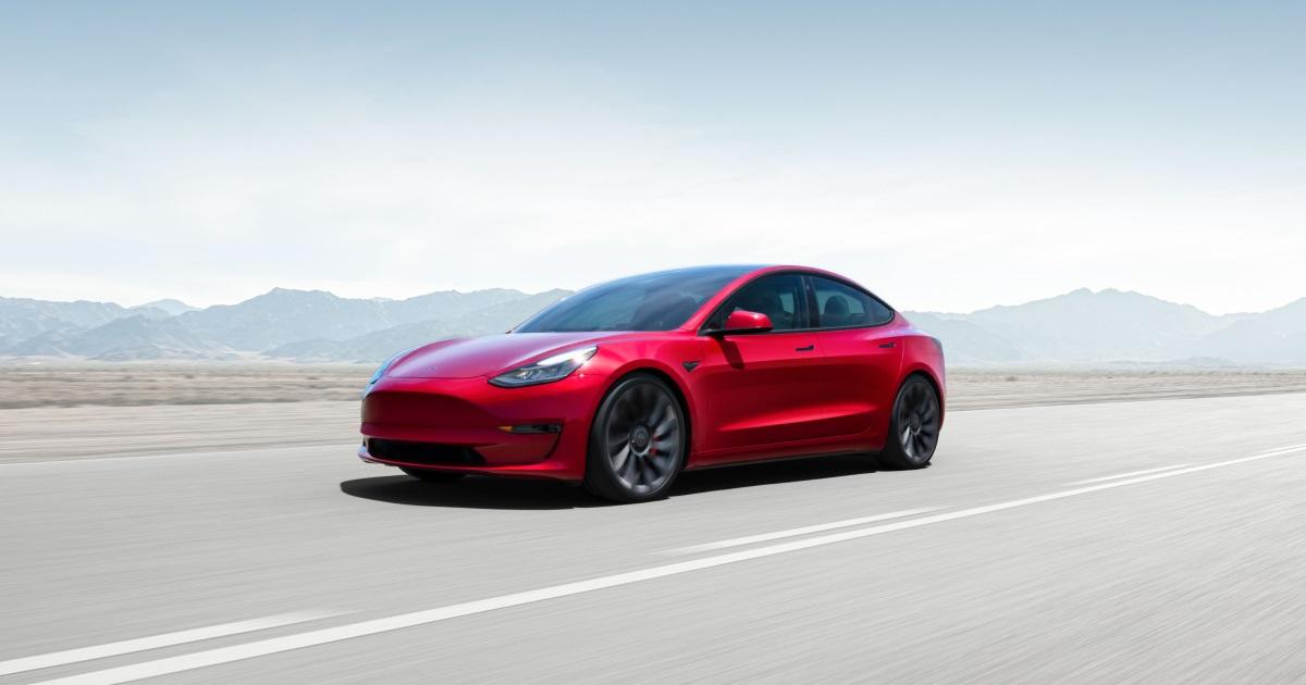 Ринкова вартість Tesla вперше перевищила пів трильйона доларів