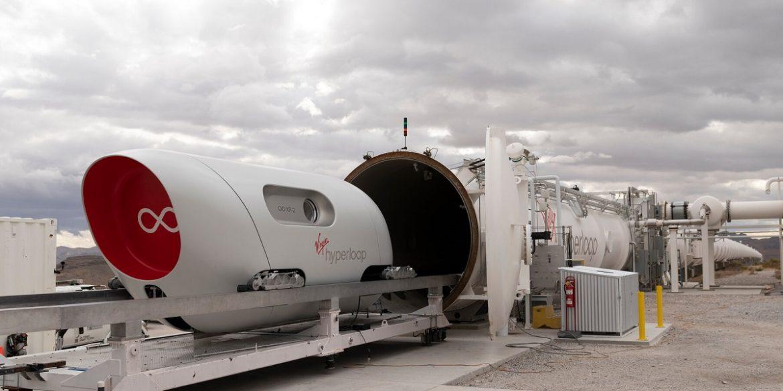 Virgin провела перші випробування капсули Hyperloop з пасажирами