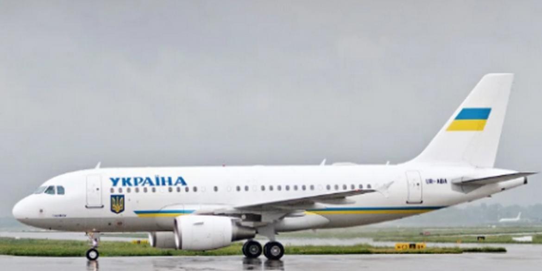 Держспецзв'язку скасувала модернізацію зв'язку літака Зеленського за 32,4 млн