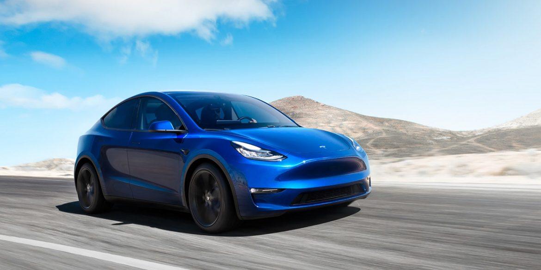 Владельцы Tesla получат удаленный доступ к камерам своего электромобиля