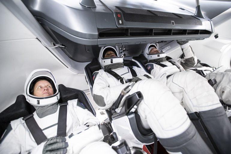 SpaceX запустила корабель Crew Dragon з чотирма астронавтами на МКС