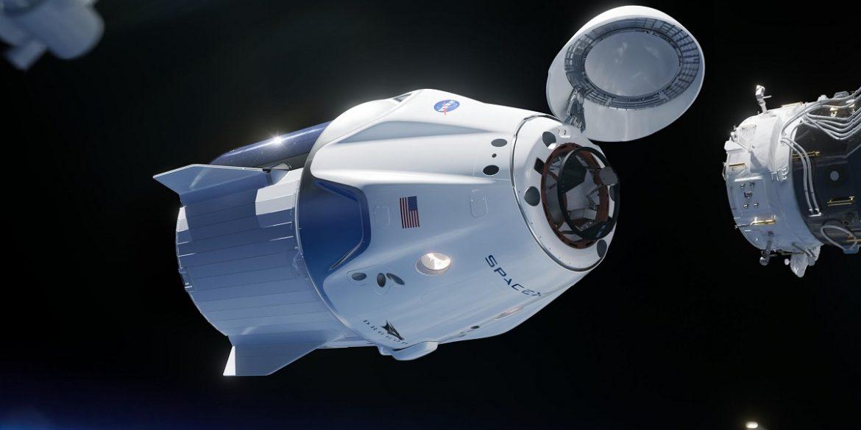 Корабель Crew Dragon з чотирма астронавтами пристикувався до МКС