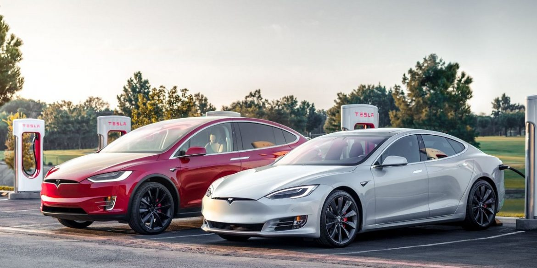Tesla відкликає понад 9,5 тисячі автомобілів Model X і Y через дефекти