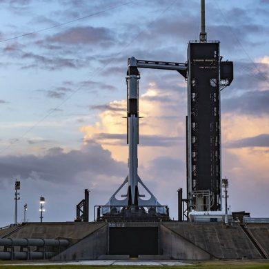 NASA назвало час стикування Crew Dragon з МКС