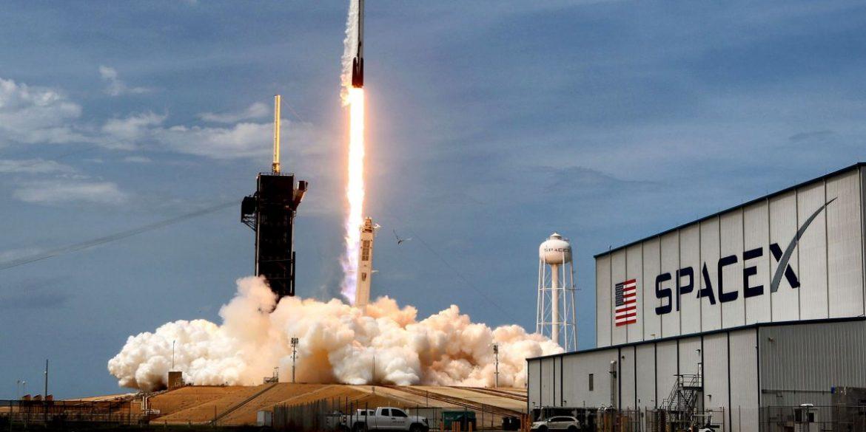 SpaceX зробить в листопаді 7 космічних запусків