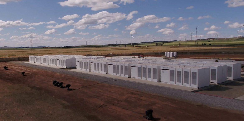 В Австралії побудують найбільший акумулятор в світі