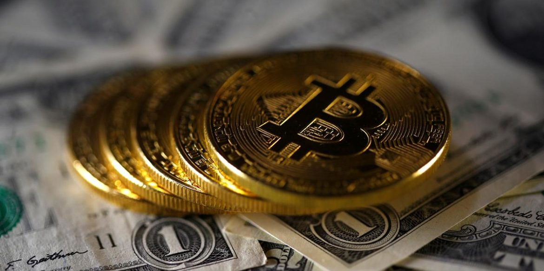 Стоимость биткоина превысила $23 000