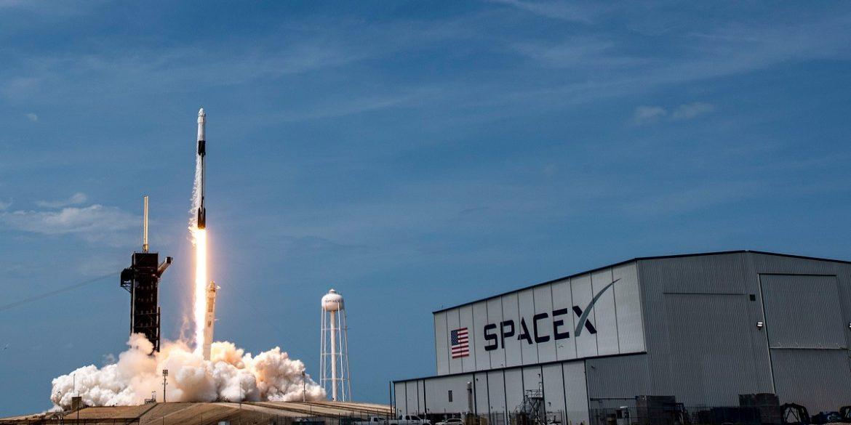 SpaceX в 2020 році виконала 26 запусків ракет