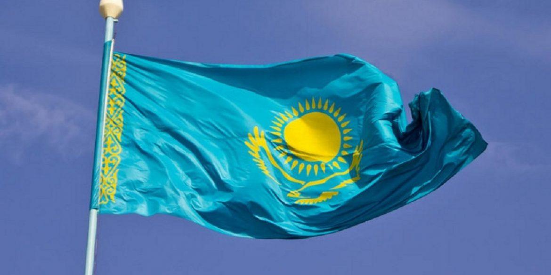 Технологічні компанії виступили проти стеження Казахстану за своїми громадянами в інтернеті