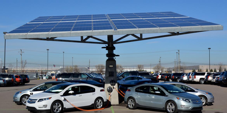 Вартість електромобілів скоро зрівняється з ціною на бензинові авто